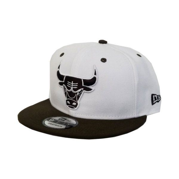Matching New Era White   Brown Chicago Bulls Snapback Hat For Jordan 3 White  Mocha cea03c327640