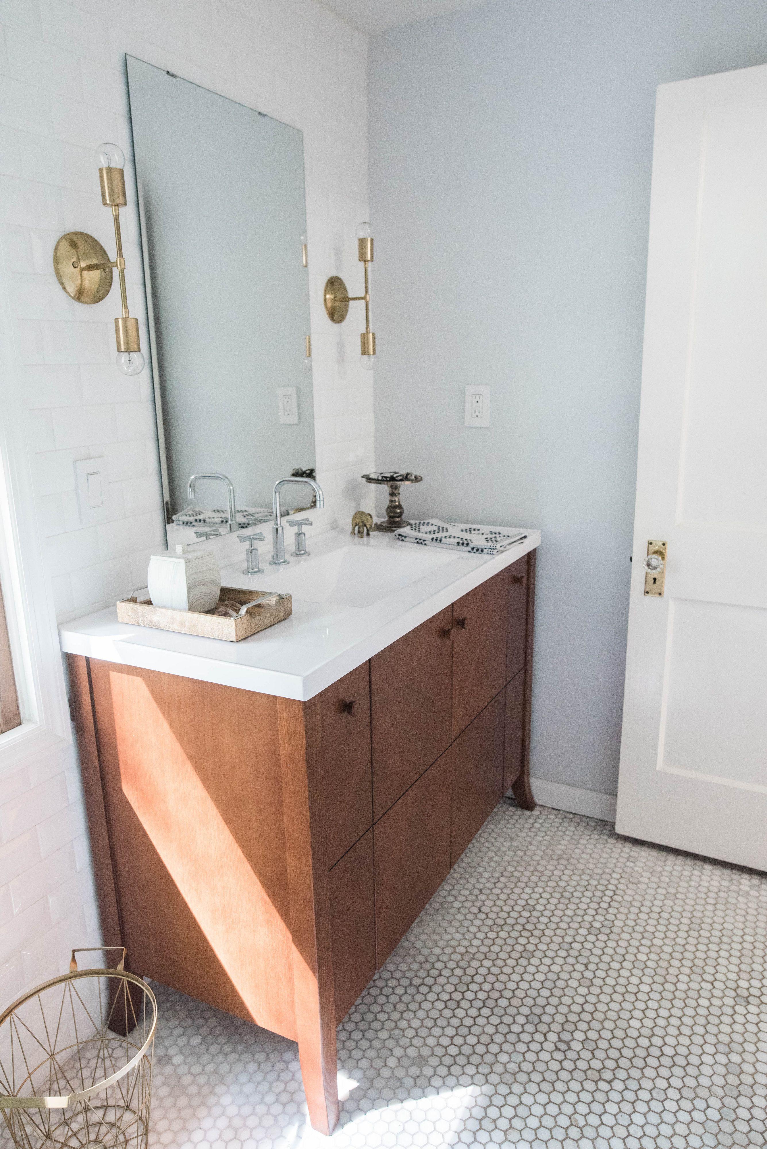 Hexagon Tile Floor Bathroom Vanity Br Accessories