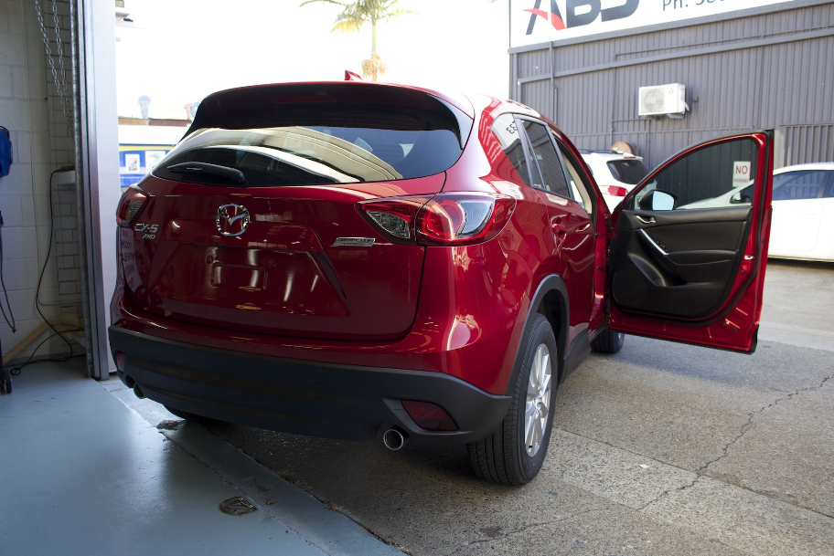West Broward Window Tint Makes Every Mile More Enjoyable By Providing Quality Window Tinting Both For Y Residential Windows Tinted House Windows Tinted Windows