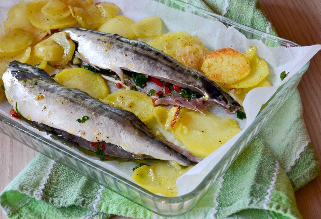 Sgombro al forno tutta la bont del pesce azzurro for Cucinare sgombro