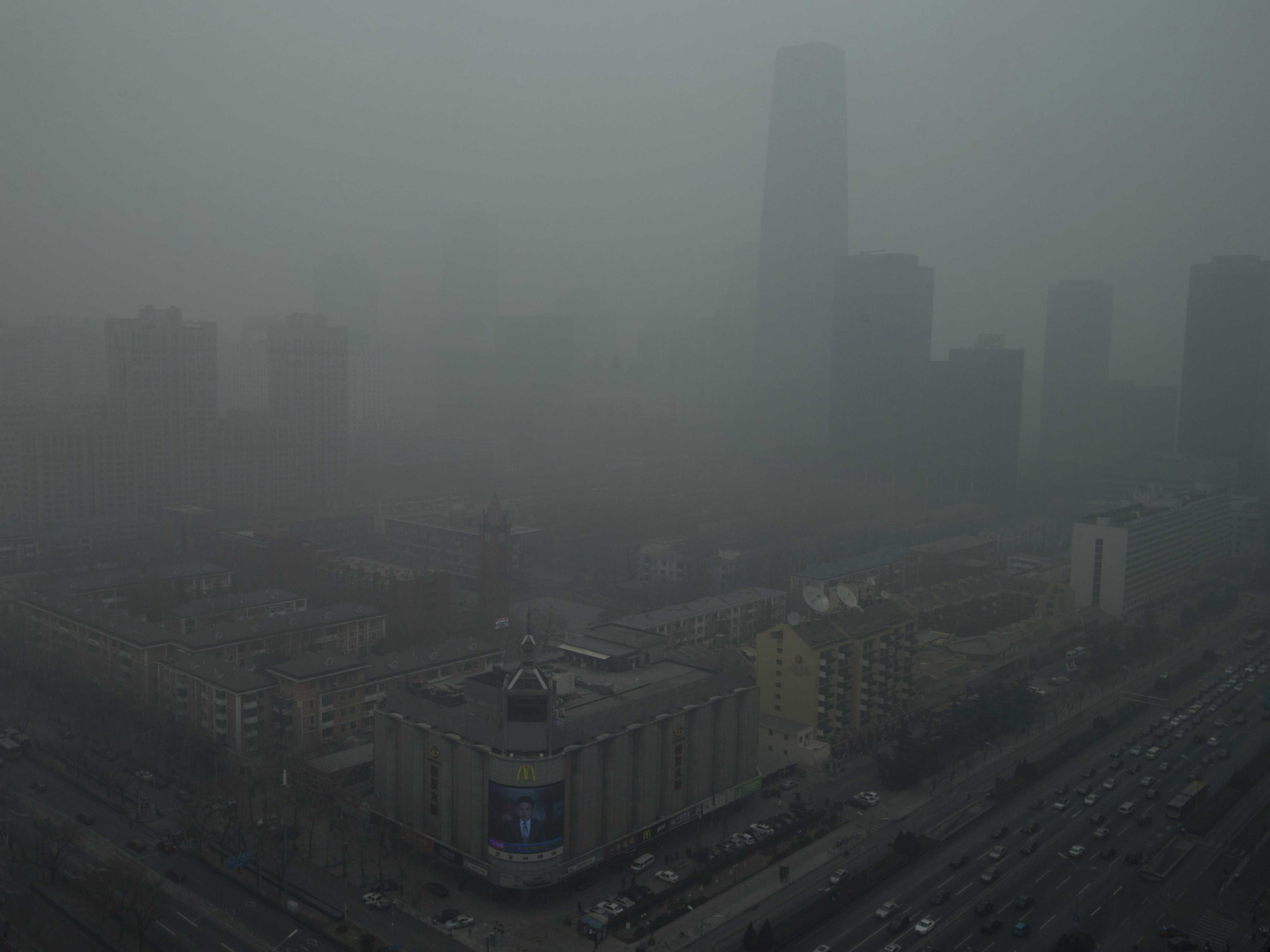 These Photos Show Why China's Smog Problem Is Completely