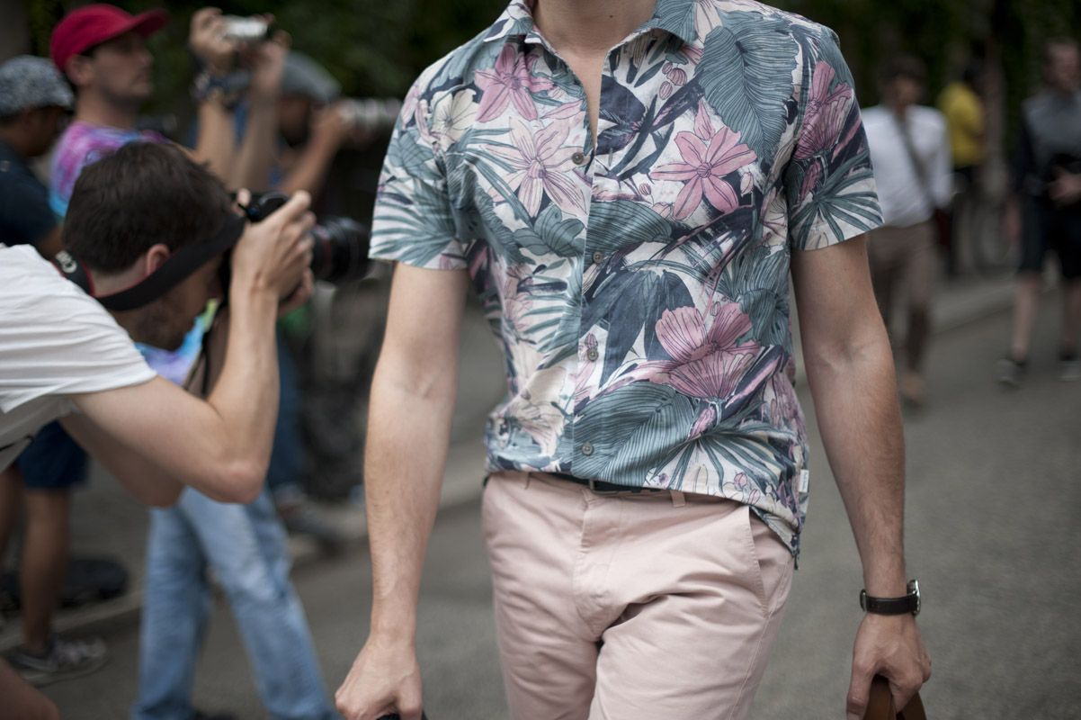 I'm not a fan of short sleeve shirts, but I think this shirt is better with the shorter sleeve. I'd wear the hell out of this through summer.
