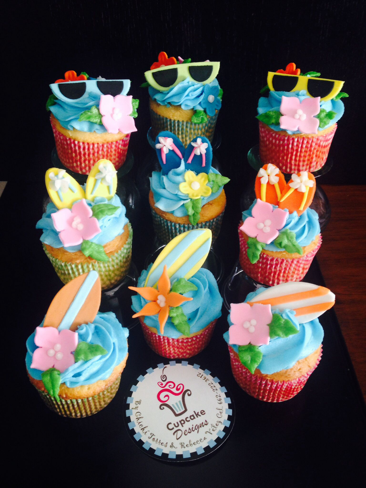 Muffins Decorados Swimming Pool Party Cupcakes Pool Party Cupcakes Hawaianos