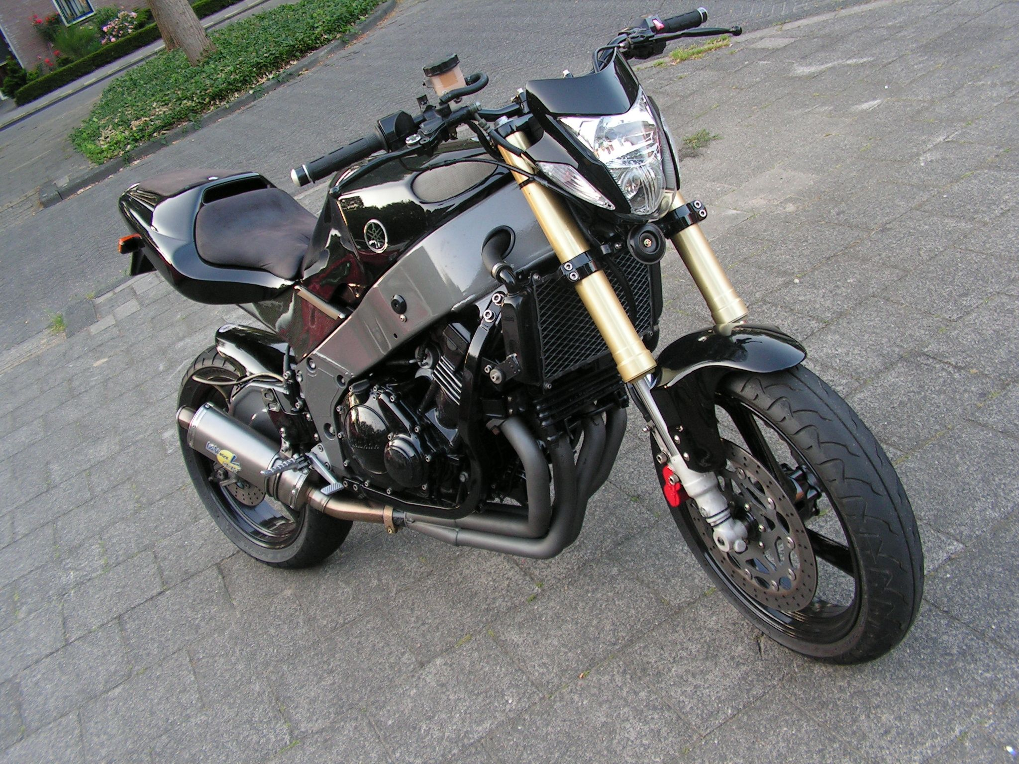 project finished | my project: yamaha fzr 4/600 | pinterest