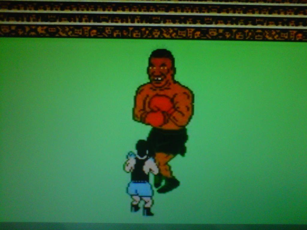 Mike Tyson vs Little Mac - Punch Out! (NES)