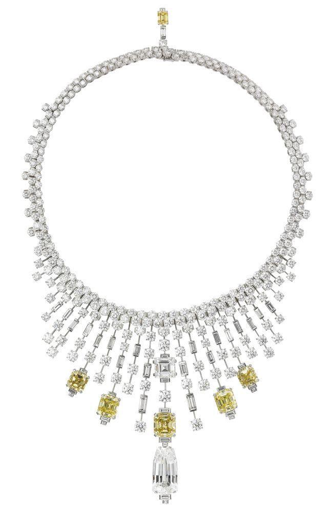 Cartier Secrets et Merveilles necklace
