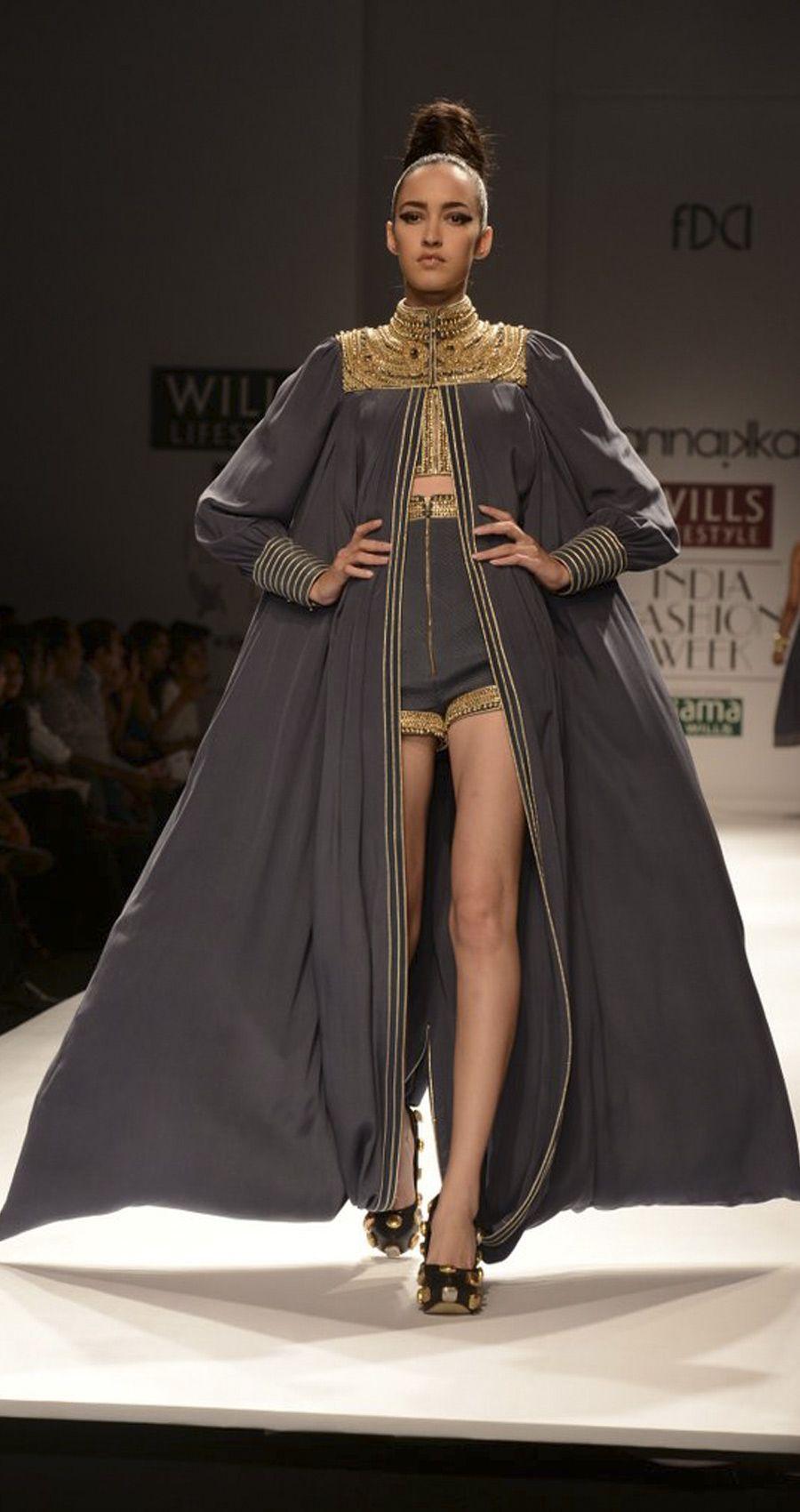 Saree for fashion show grey metal jewel cape by anaikka rniaspopupshop