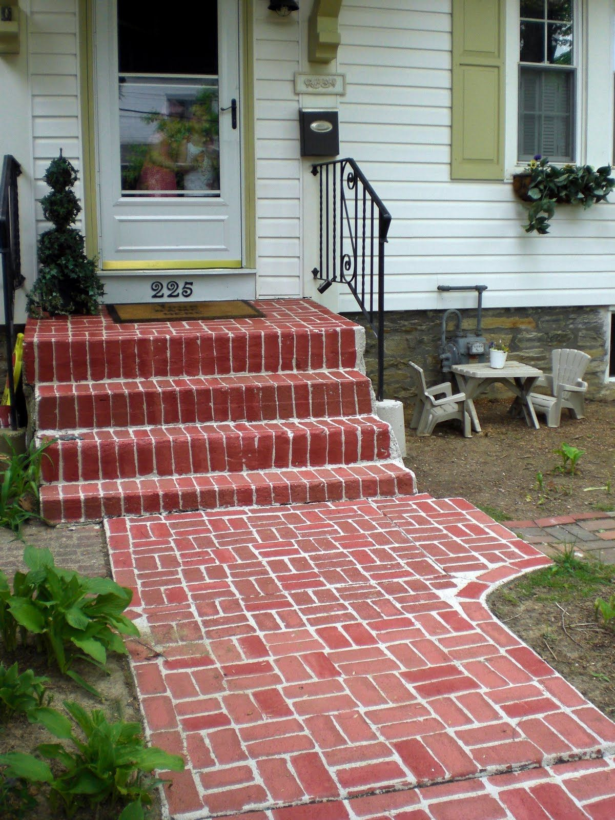 A Few Years Ago We Lived In A Teeny Tiny House In Glenside Pa It Was Adorable But We Needed Some More Room So In T Brick Sidewalk Faux Brick Brick