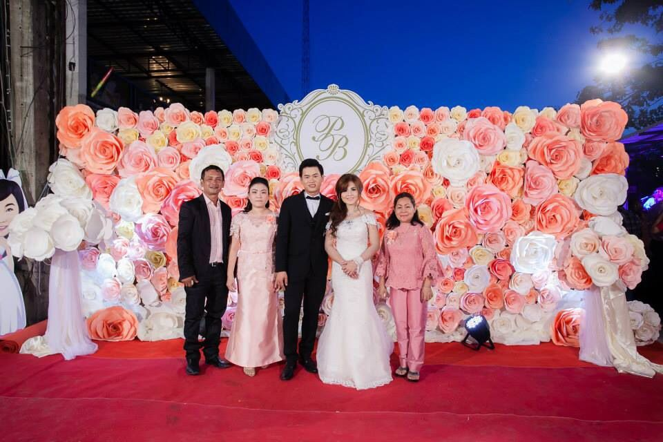Wedding paper flower wall paper flower thailand pinterest wedding paper flower wall mightylinksfo Gallery