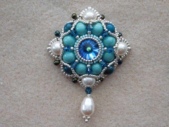 Bead pendant jewelry tutorial pattern instructions beadweaving bead pendant jewelry tutorial pattern instructions beadweaving necklace beaded aloadofball Images
