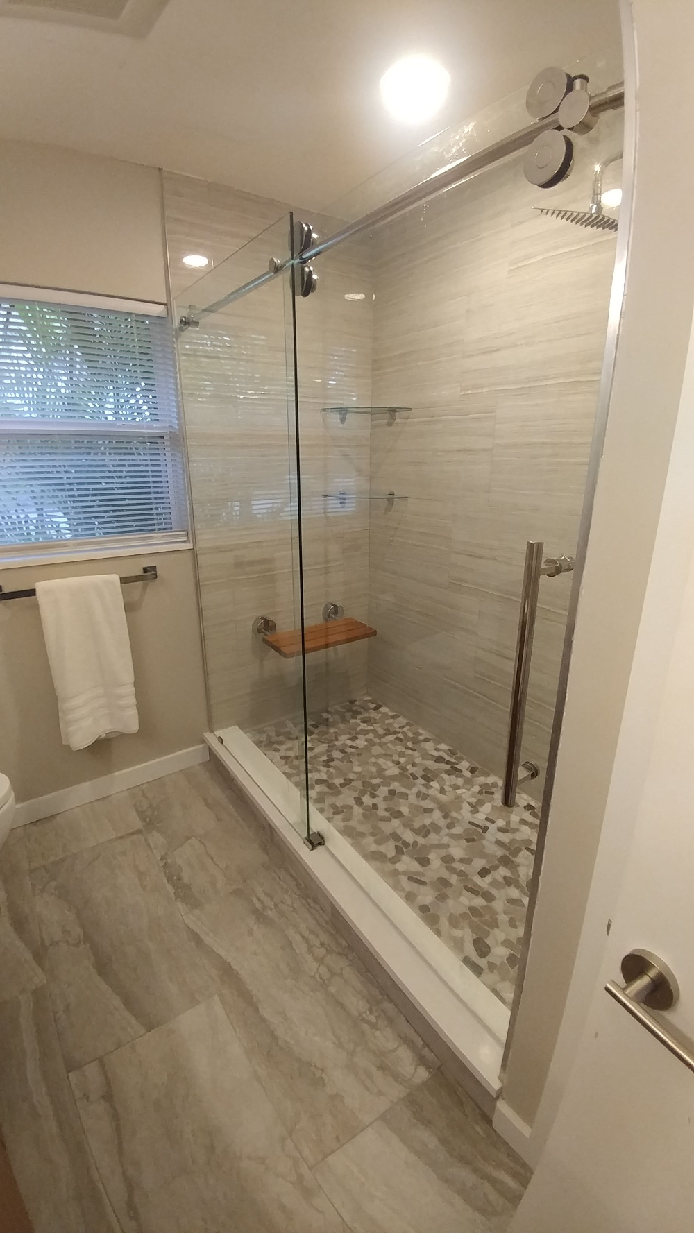 Sliding Glass Shower Door Built In Bench Google Search In 2020 Patterned Bathroom Tiles Shower Sliding Glass Door Shower Doors