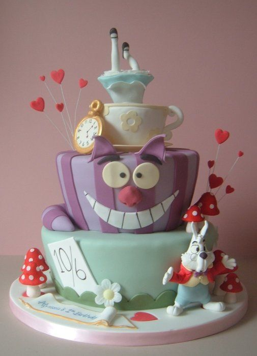 Marvelous Alice In Wonderland By Newsums Cakesdecor Com Cake Personalised Birthday Cards Cominlily Jamesorg
