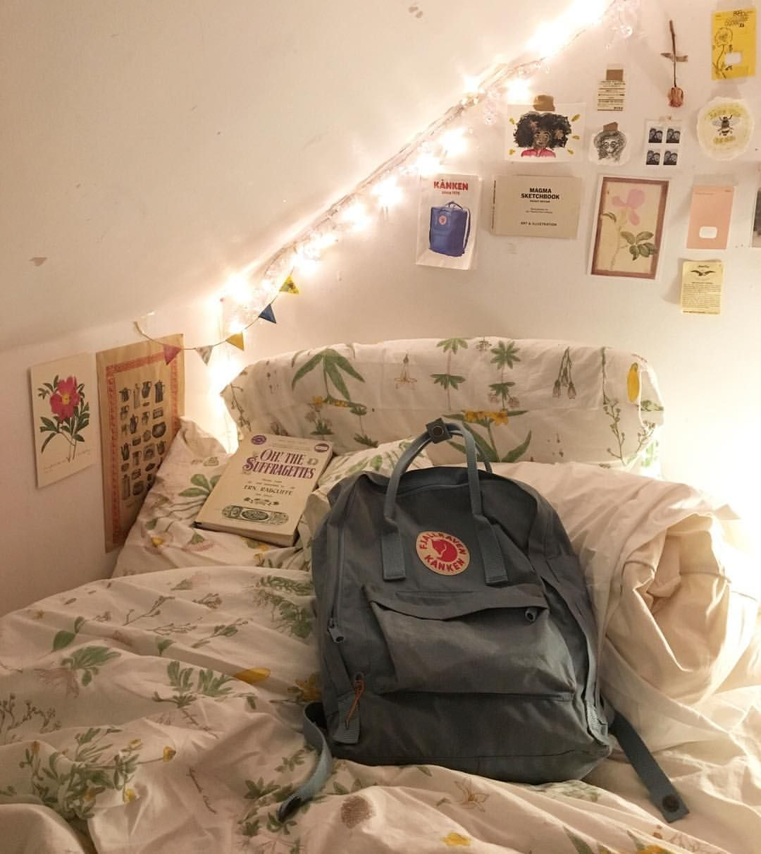 Wall decor for teen bedroom pin by  rachel  on home improvements  pinterest  spaces