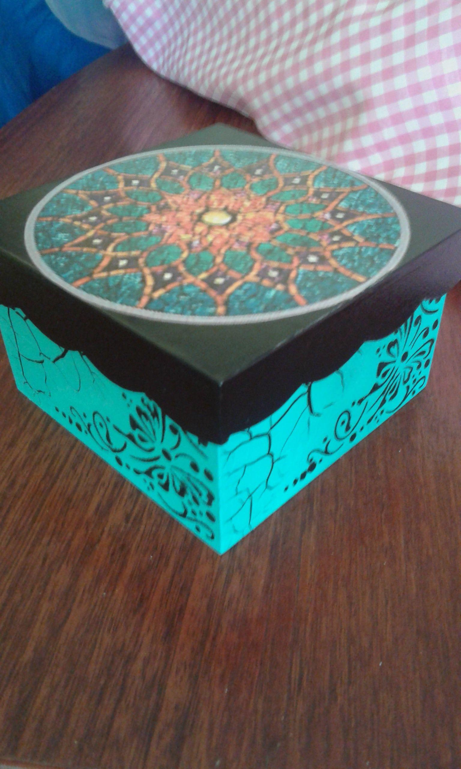 Caja Con Mandala Cajas Pintadas Cajas Decoradas Cajas [ 2560 x 1536 Pixel ]