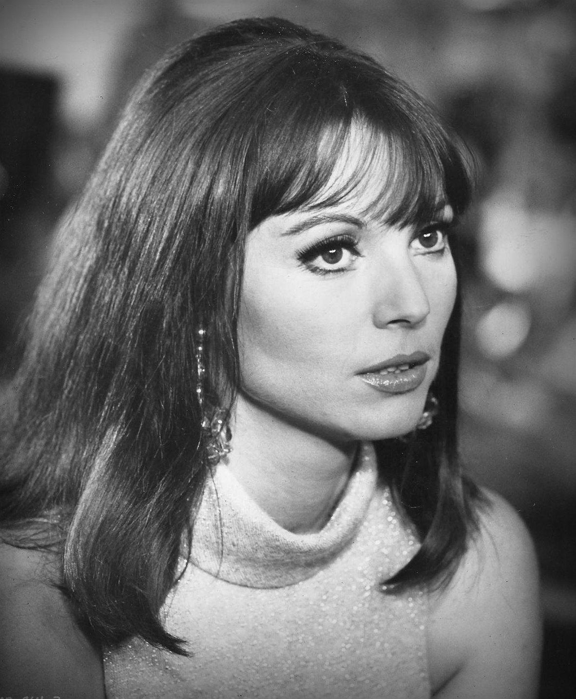Elsa Martinelli | Elsa pictures, Italian actress, Italian
