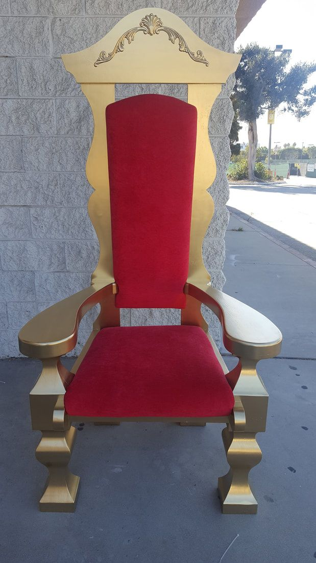 santa chairs frost holiday props omg we so should have this on rh pinterest com