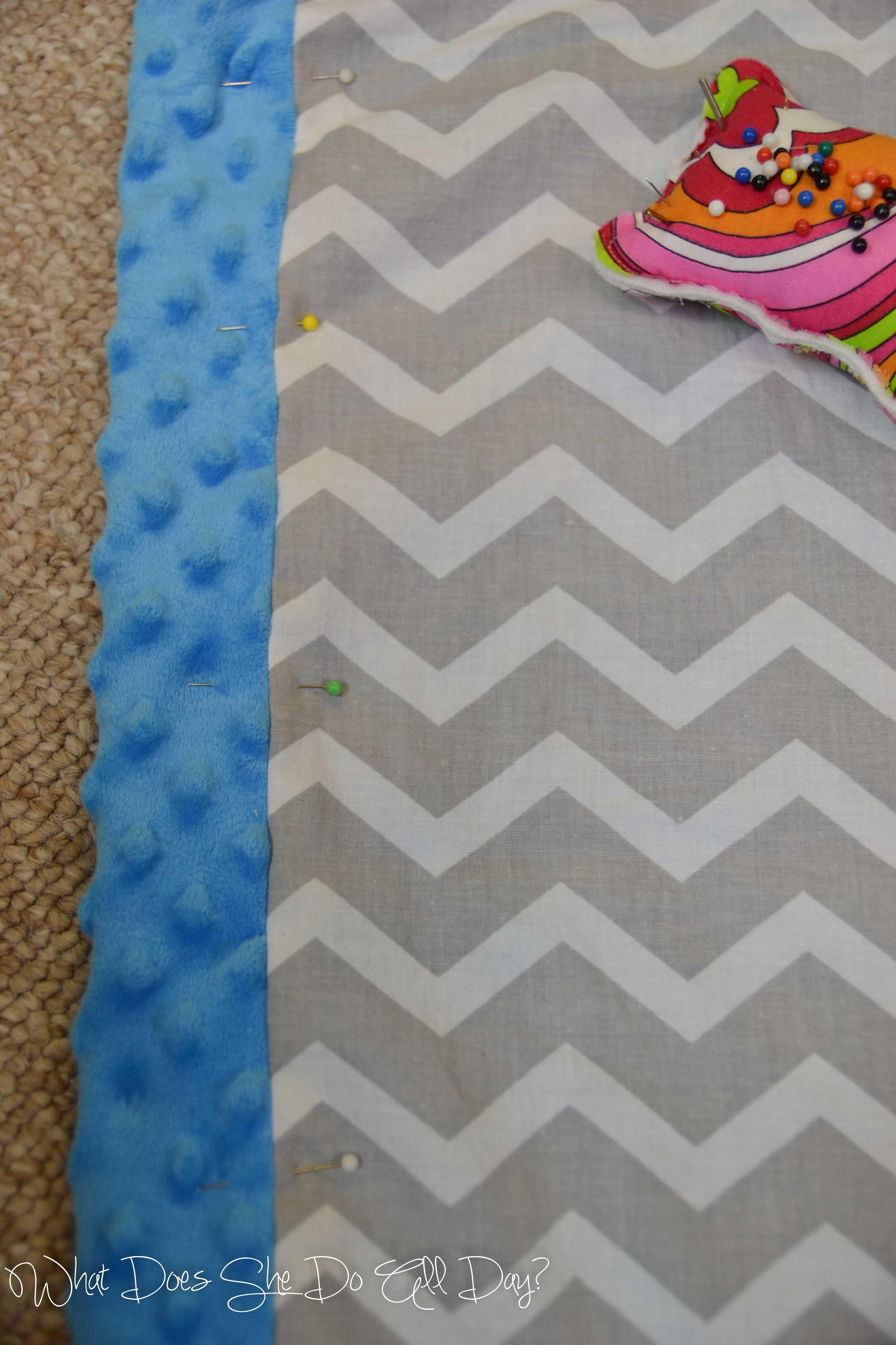 Self binding blanket tutorial sewing baby blanket gift tutorial