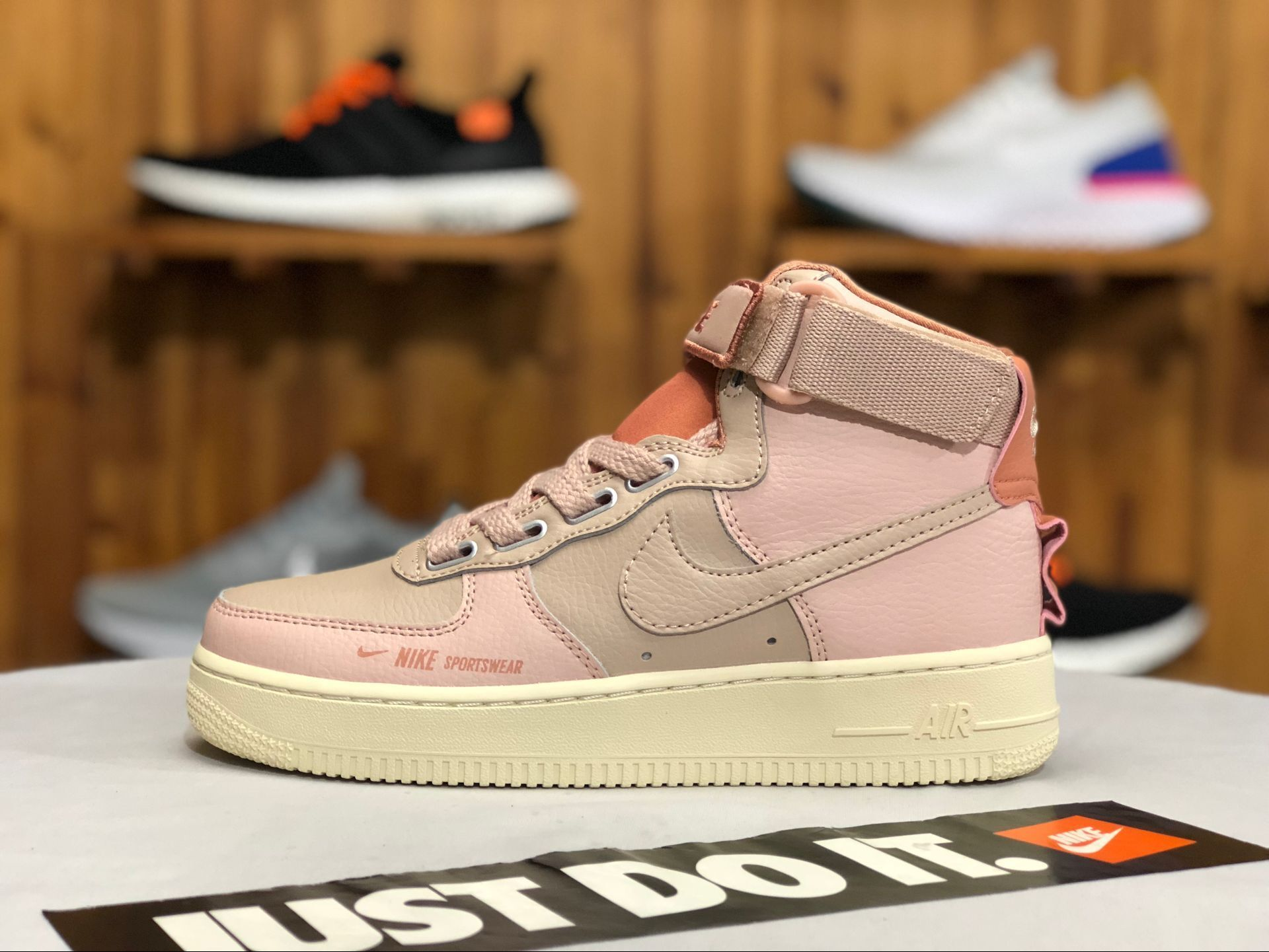 Shop Wmns Nike Air Force 1 High Utility Pink AJ7311200