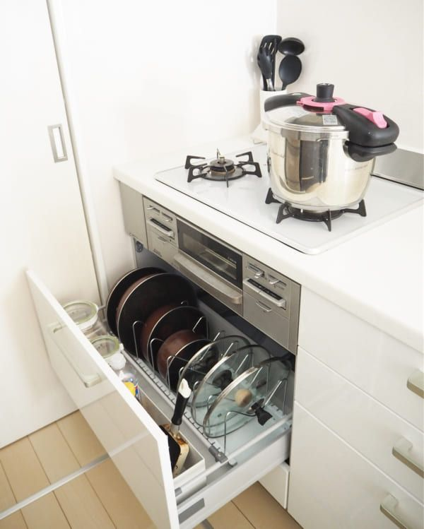 キッチン収納のお悩み解決 シンク下 コンロ下 の深い引き出し収納