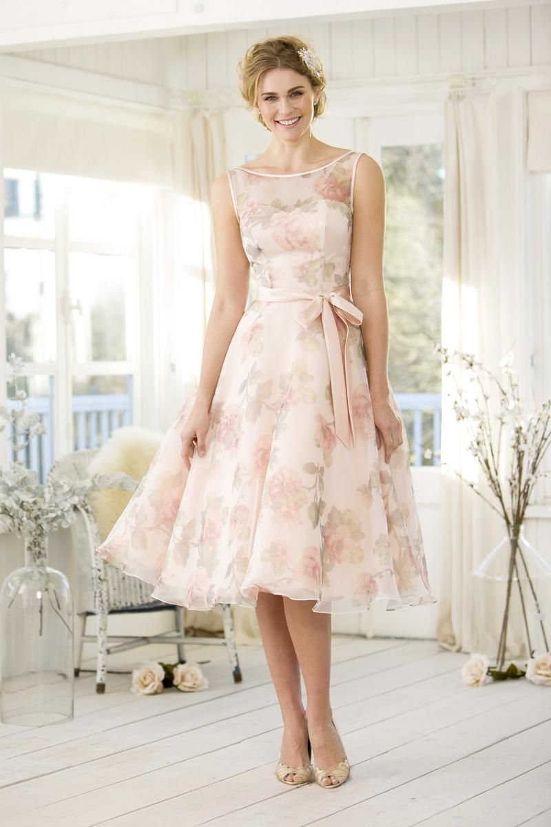 Our gorgeous 1950\'s tea length inspired floral bridesmaids dress ...