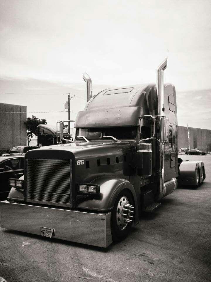 Custom Freightliner Classic Semi Trailers Camio