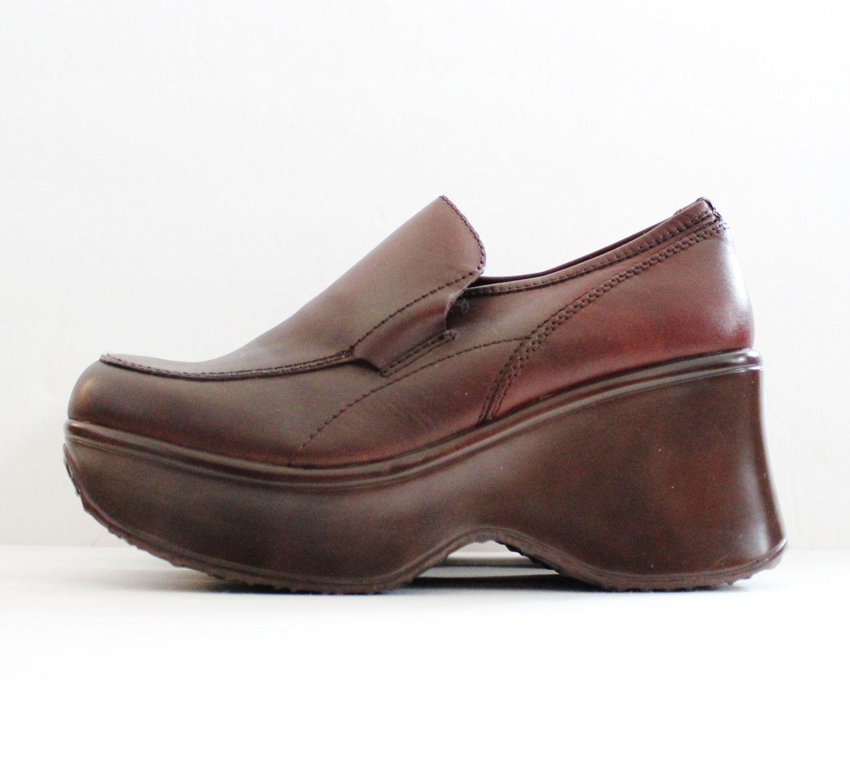 9d5f93c2a1e Vintage 90s CLUB KID Platform Shoes // Brown Leather // Women 7M ...