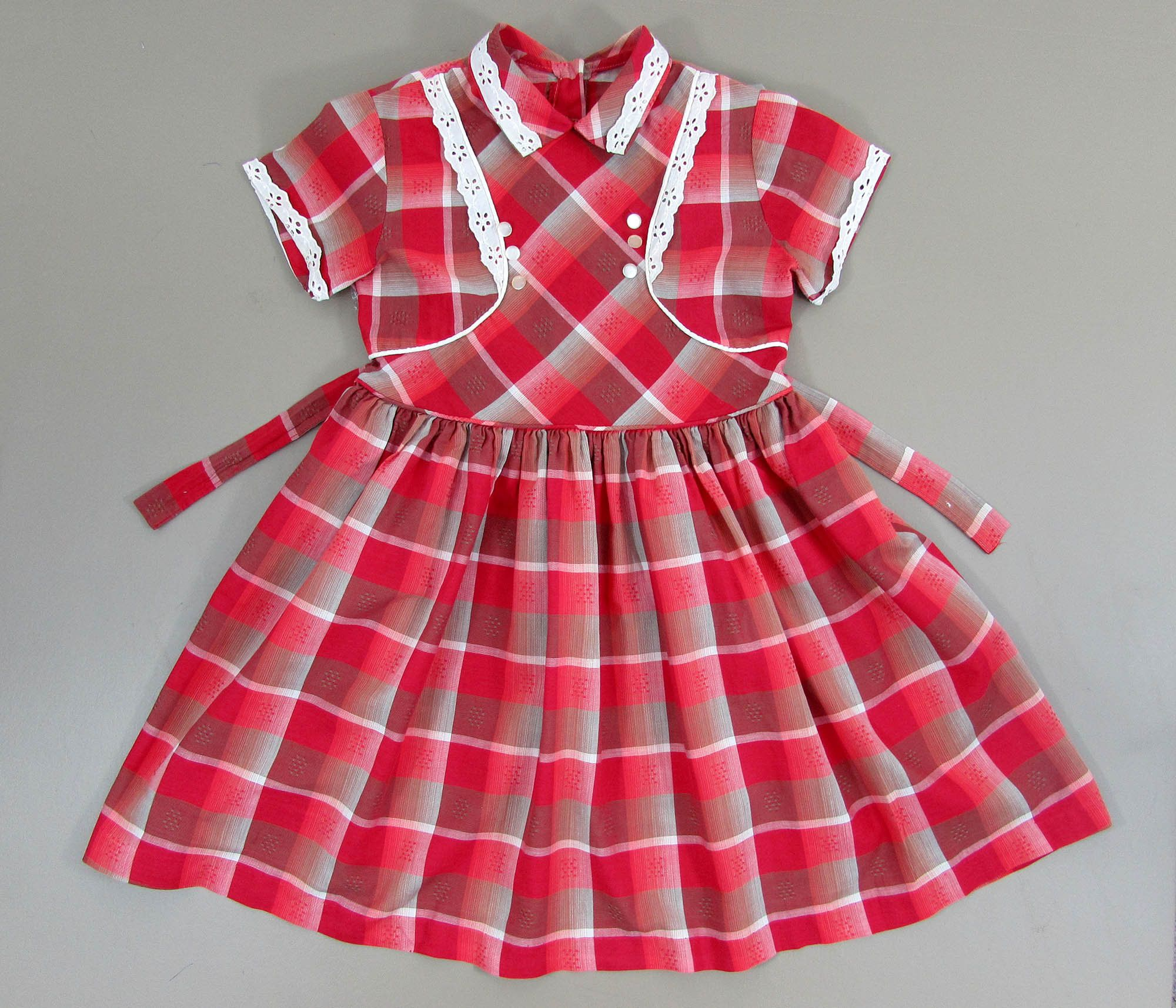 1950s60s little girls red plaid dress with eyelet lace
