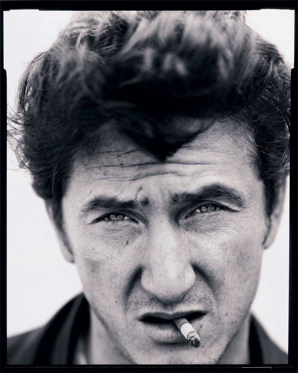 E Sean Penn, Los Angeles, 1992. | 14 retratos de celebridades de cair o queixo