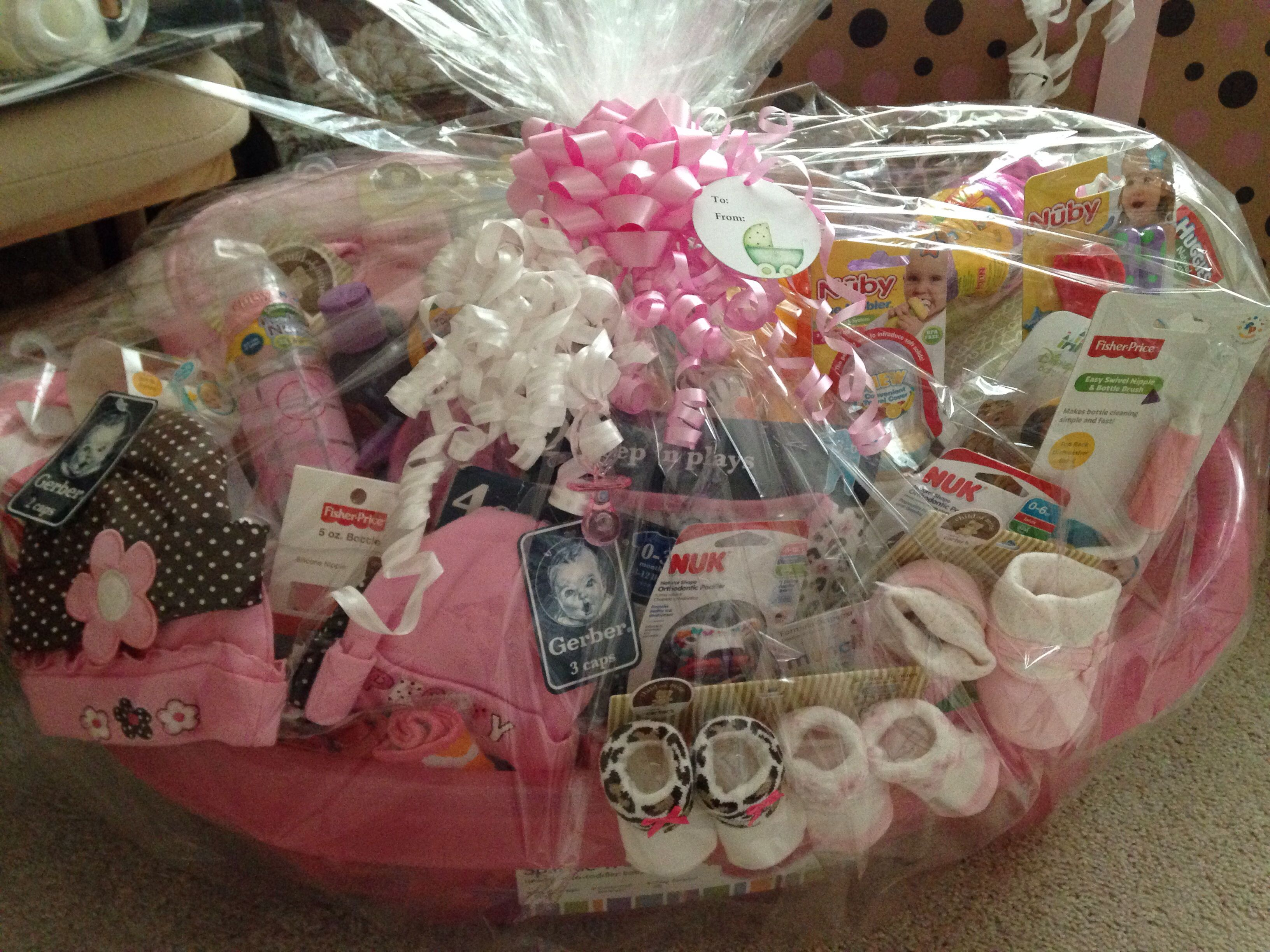 Baby Shower Gift Basket With Images Diy Baby Shower Gifts