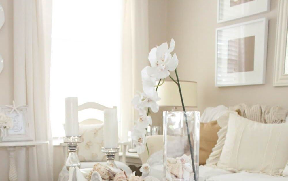 Best Coffee Table Decorating Tips Stylish Coffee Table  6 Tips For How To Decora...#coffee #decora #decorating #stylish #table #tips
