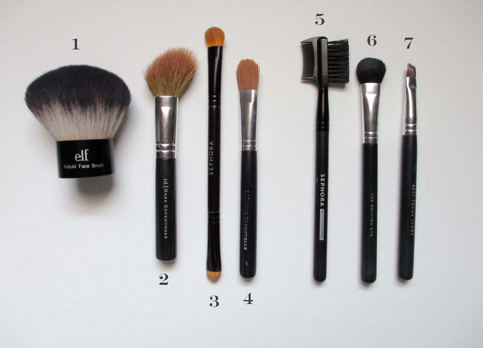 Thrifty and Fabulous Accessories Must Have Makeup Brushes