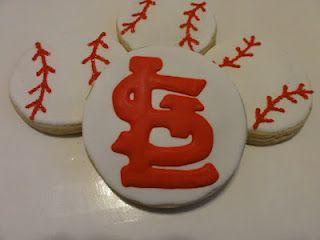 St. Louis Cardinal cookie