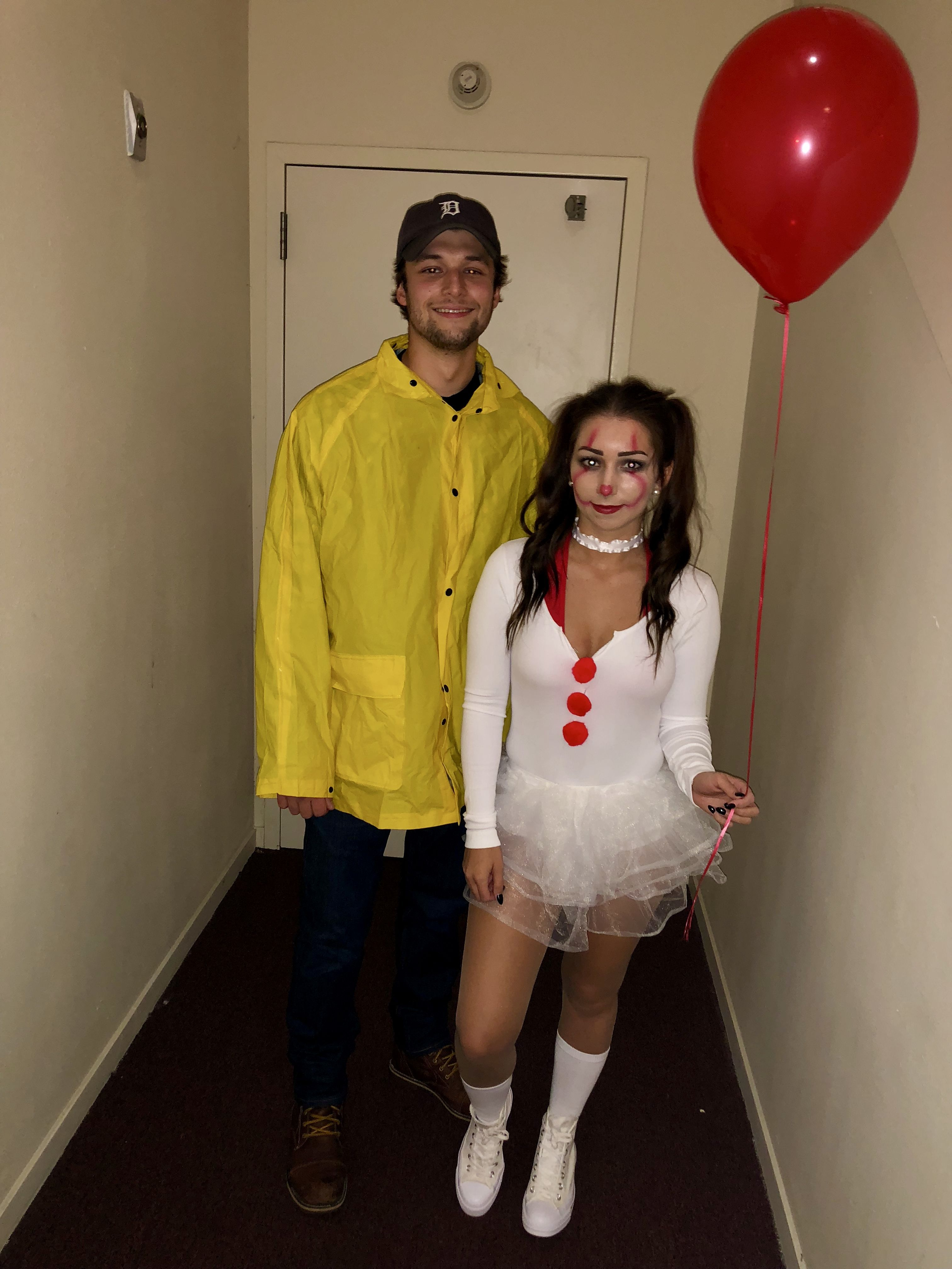Who knew dressing as a Pennywise would be so fun!