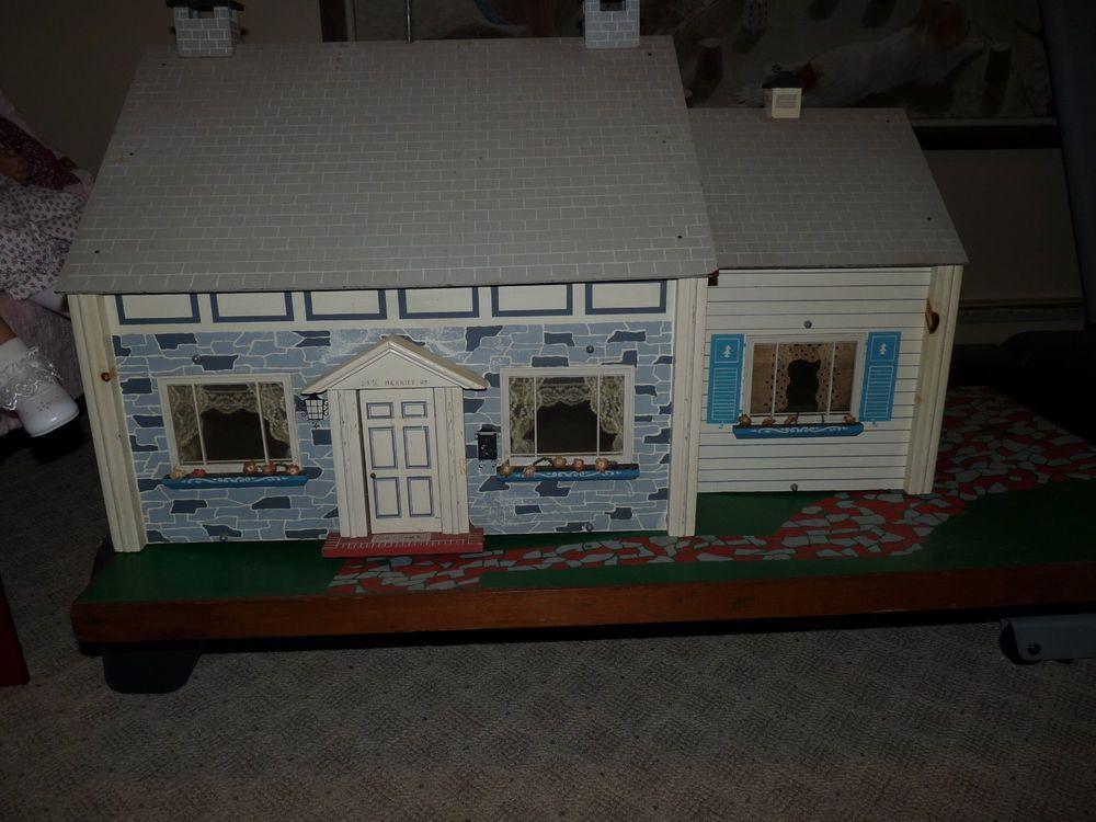 Fao Schwarz Keystone Dollhouse From 1963 With Furniture Toys