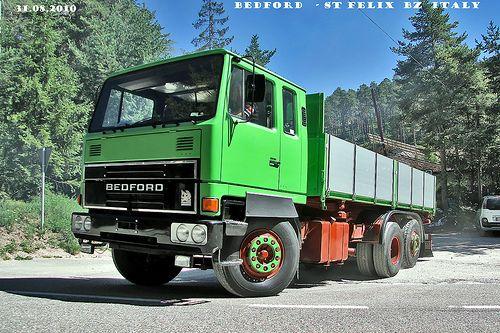 BEDFORD TM 1900 DD 8V92 2 temp  ...comunque più avanti quando mettero altre foto di questo Camion ho una bella storia da raccontarvi !  BEDFORD ... then not only right if you say so ... but later when I'll be putting more pictures of this truck I hav