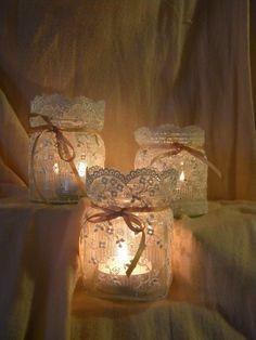 Que tal aproveitar o vidro de azeitonas? Lindeza❤️ lace candle holders.