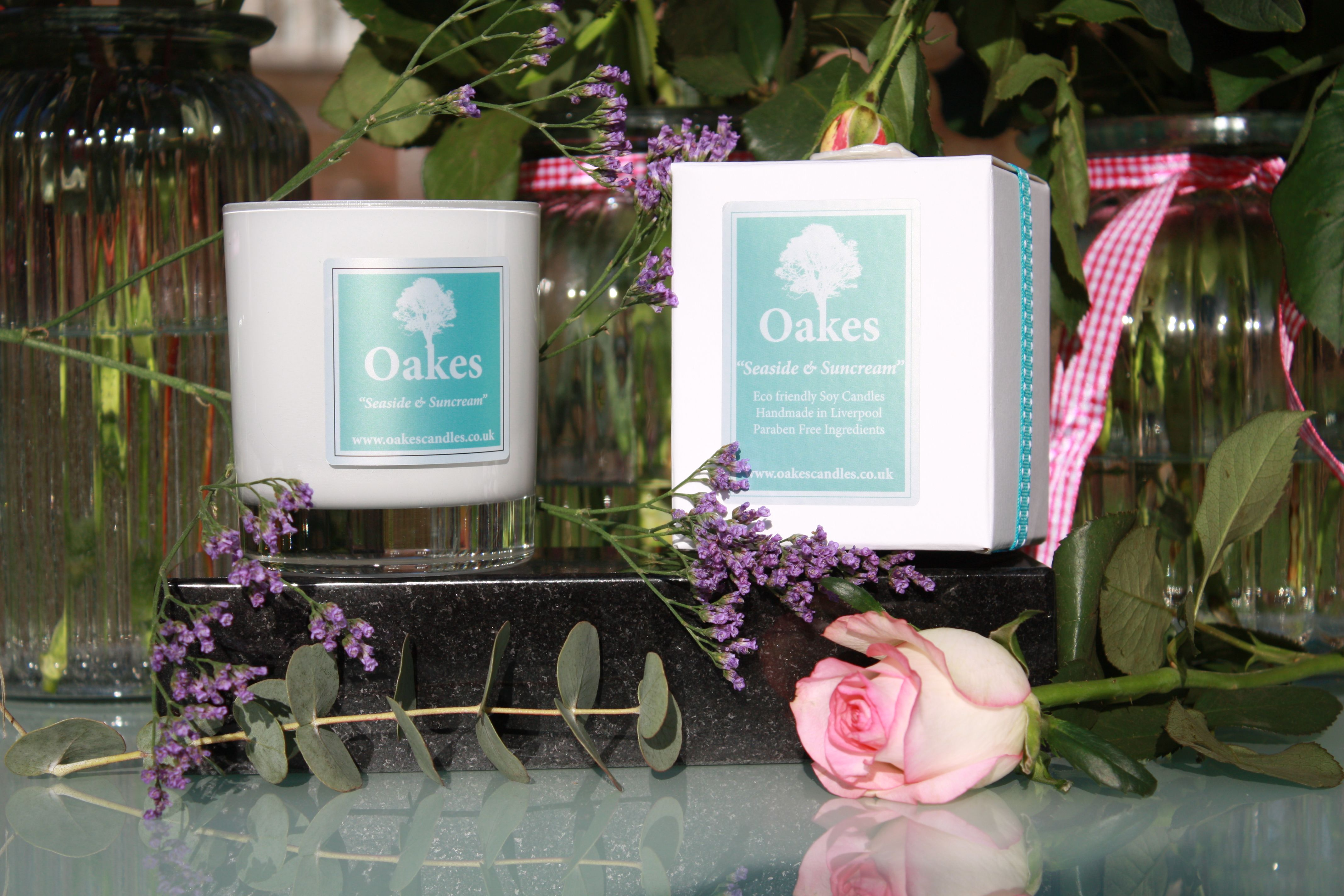 """Oakes Candles """"Seaside & Suncream"""" Shop for this candles, click the link below!"""