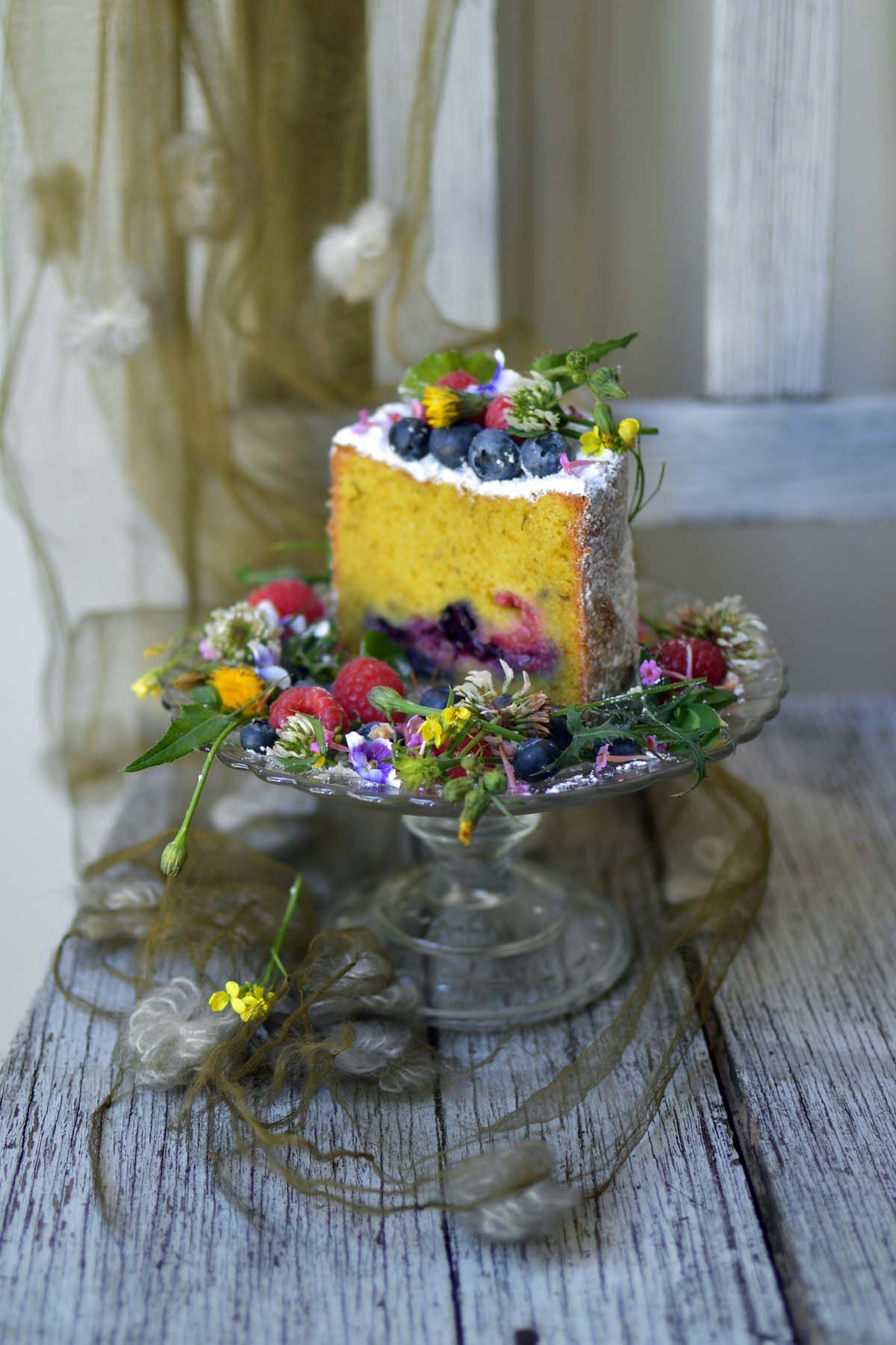 Sow thistle & berry cake Recipe in 2020 Berry cake