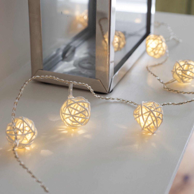 Netto Weihnachtsbeleuchtung.16er Led Rattan Lichterkette Warmweiß Batteriebetrieben Amazon De
