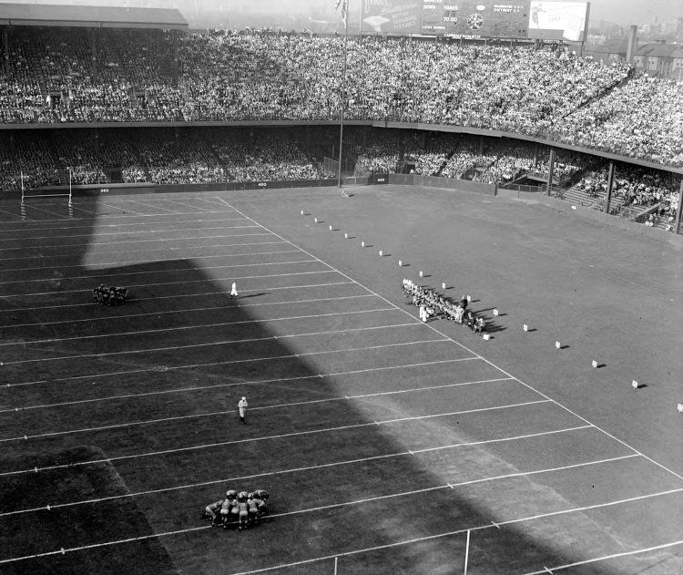 Information And Pictures Of Tiger Stadium Former Home Of The Detroit Lions Tiger Stadium Nfl Stadiums Detroit Lions