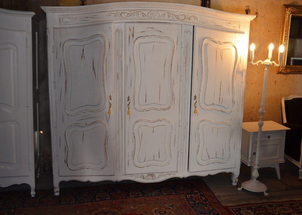 Muebles antiguos restaurados modernos interesting for Roperos antiguos restaurados