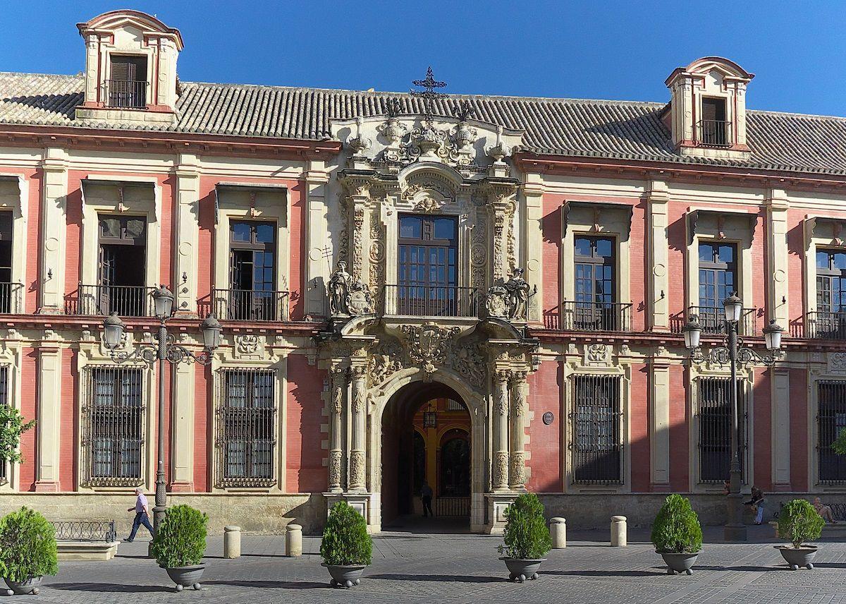 El Palacio Arzobispal De Sevilla Alberga Una De Las Colecciones De