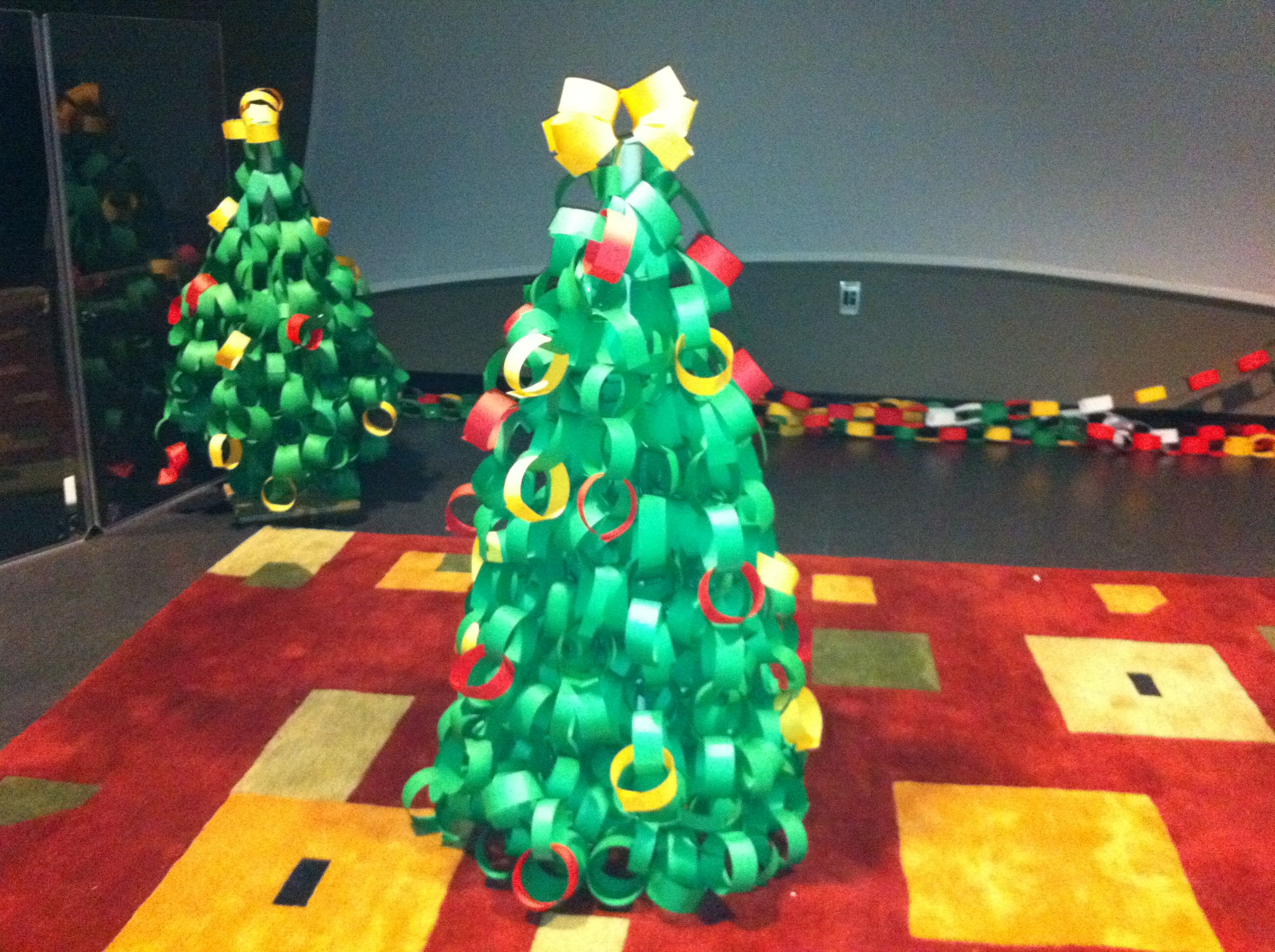 Paper Chain Trees Xmas Decorations Paper Tree Holiday Decor