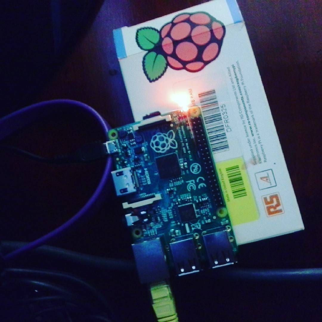 Something we loved from Instagram! Sip esto también es arte. #raspberrypi by ilhuitem0c Check us out http://bit.ly/1KyLetq