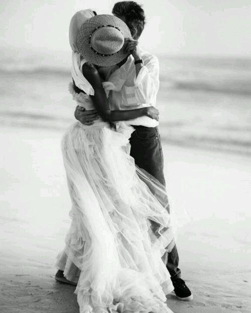First kiss. #Hat #Dress #Tulle #Romance