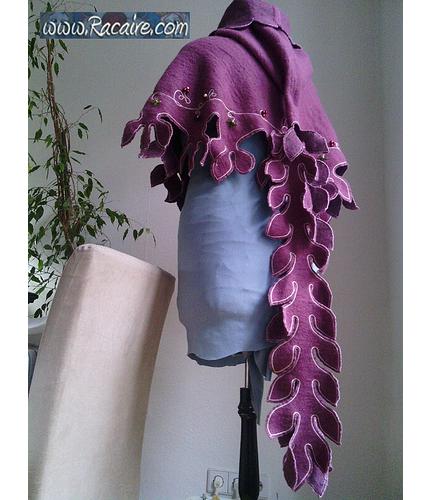 www.racaire.com - ebbis hood featured at needlework.craftgossip.com :)