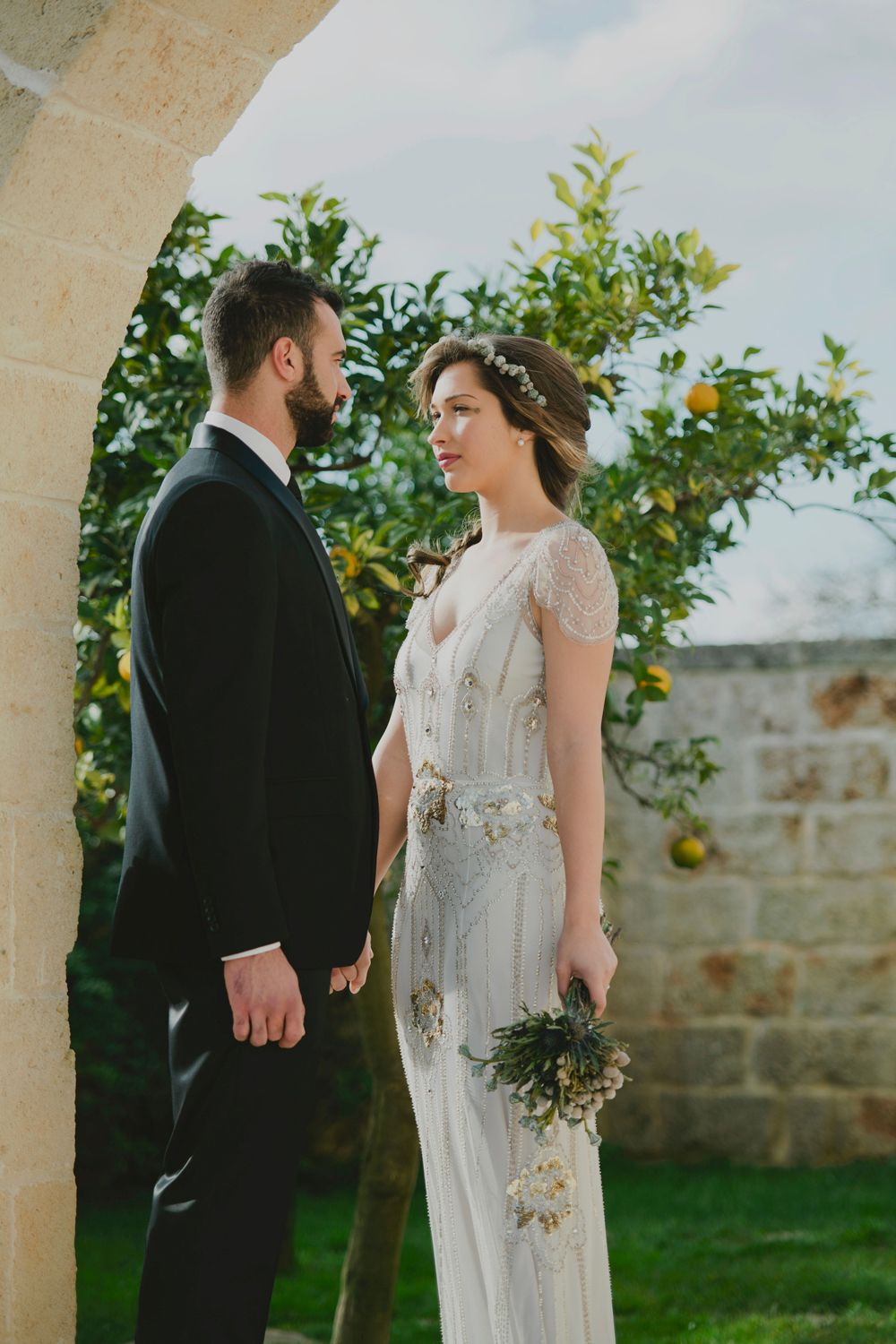 In Puglia, Italy, a team of vendors collaborated on this styled shoot inspired by the venue's surroundings: ocean and air.