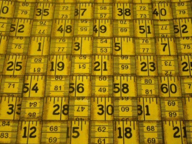 Tecido importado fita métrica amarela (tamanho 0,30 x 1,10m)