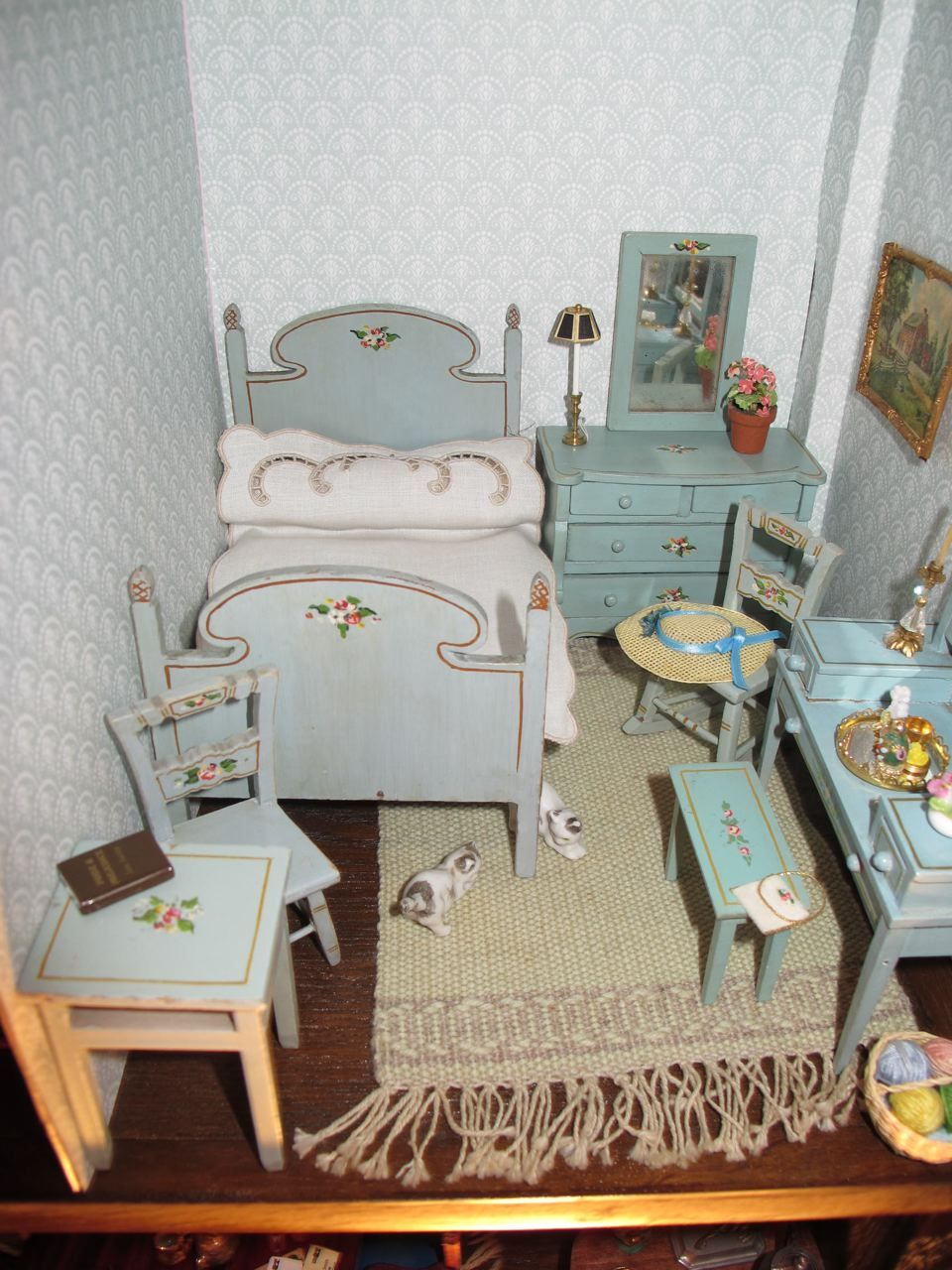 mini doll furniture. Miniature Dollhouse Furniture Mini Doll