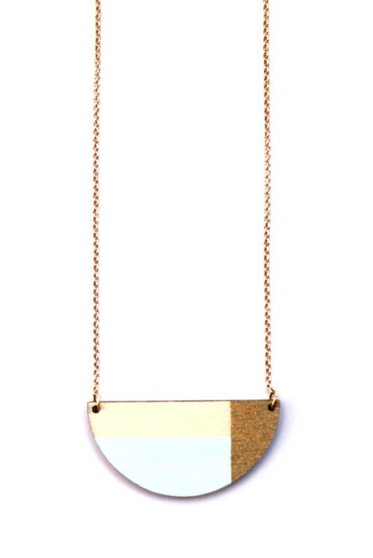 Geometrische halsketting pastelblauw- goud